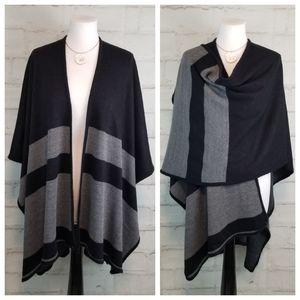 Black & Grey One Size Shawl-Style Open Poncho Wrap